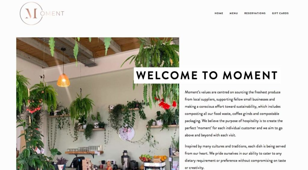 Moment Cafe's Homepage